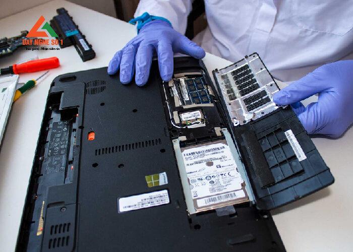 Học sửa chữa laptop tại trung tâm Dạy nghề số 1