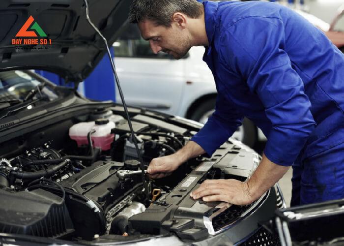 Trung tâm Dạy nghề số 1 đào tạo sửa chữa ô tô