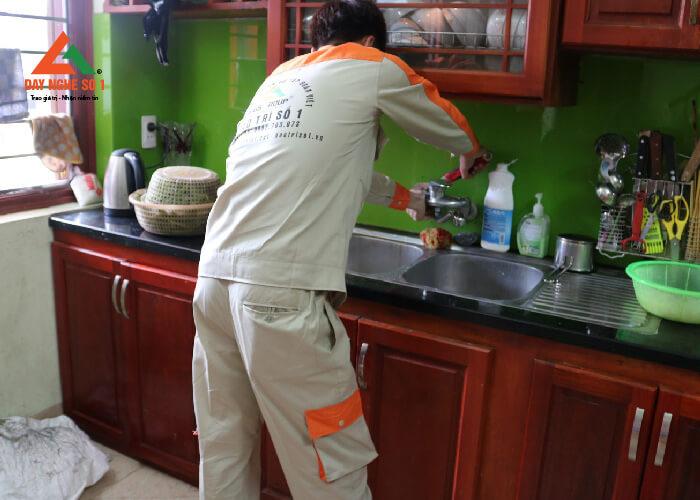 Học nghề sửa chữa điện nước tại Hà Nội