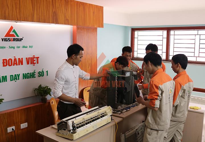 Học nghề sửa điện lạnh tại trung tâm Dạy nghề số 1