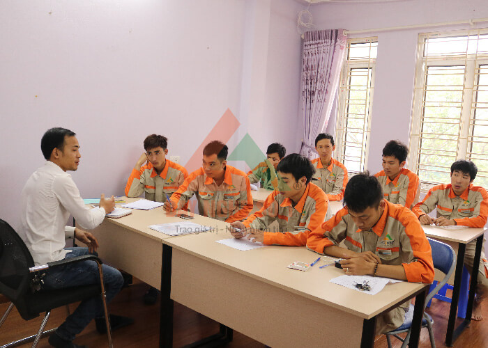 Khóa học nghề sửa chữa điện nước miễn phí tại Trung tâm dạy nghề số 1