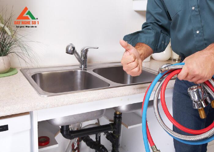 Học nghề điện nước miễn phí